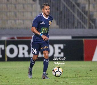 Caio Henrique Rocha durante uma partida com o Birkirkara.