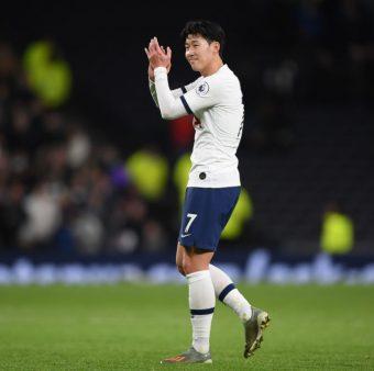 O atacante Son marcou o gol do ano na vitória do Tottenham contra o Burnley por 5 a 0, pela Premier League.