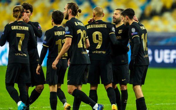 Os craques do Barça comemoram a goleada por 4 a 0 sobre o Dínamo de Kiev, pela Champions League / @FCBarcelona_br