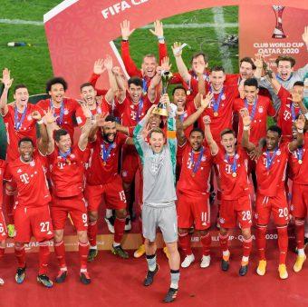 Os craques do Bayern comemoram o título do Mundial de Clubes da FIFA / Twitter: @FCBayernES
