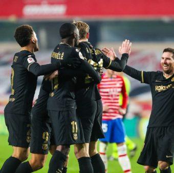 Os craques do Barça celebram o gol de De Jong na vitória por 5 a 3 sobre o Granada, pela Copa do Rei.