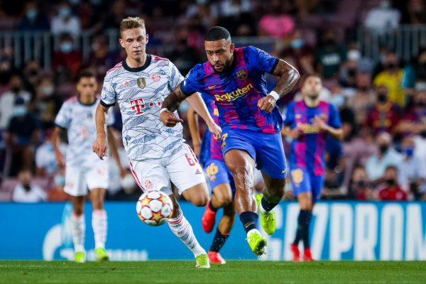 Memphis ficou isolado no ataque do Barça e pouco pôde fazer contra o Bayern / Twitter: @FCBarcelona_br