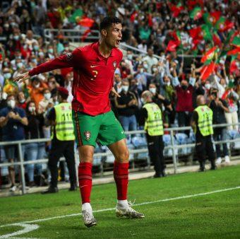 Cristiano Ronaldo segue fazendo história com Portugal.